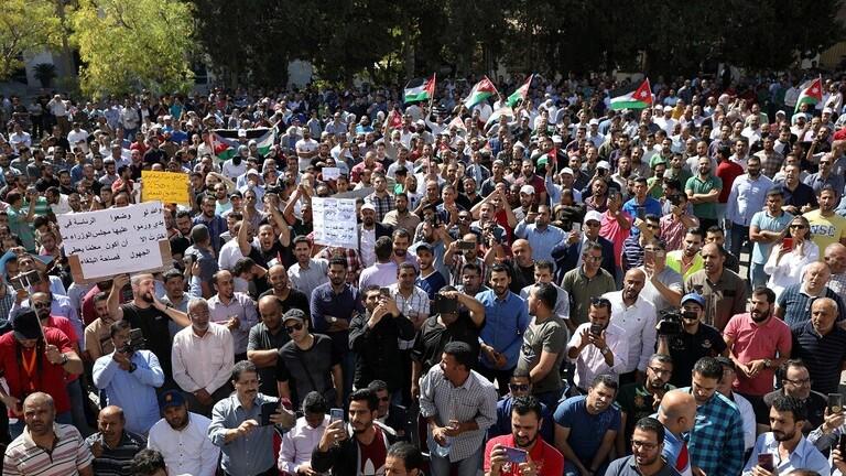 نقابة المعلمين الأردنيين تتوعد ببدء إضراب جديد يوم الأحد