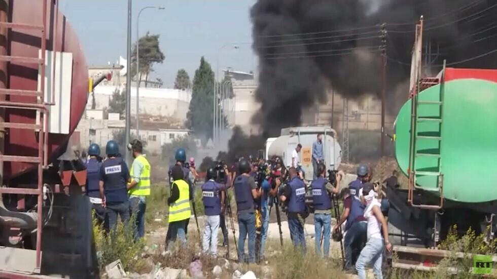 إصابة العشرات في مواجهات بالضفة الغربية