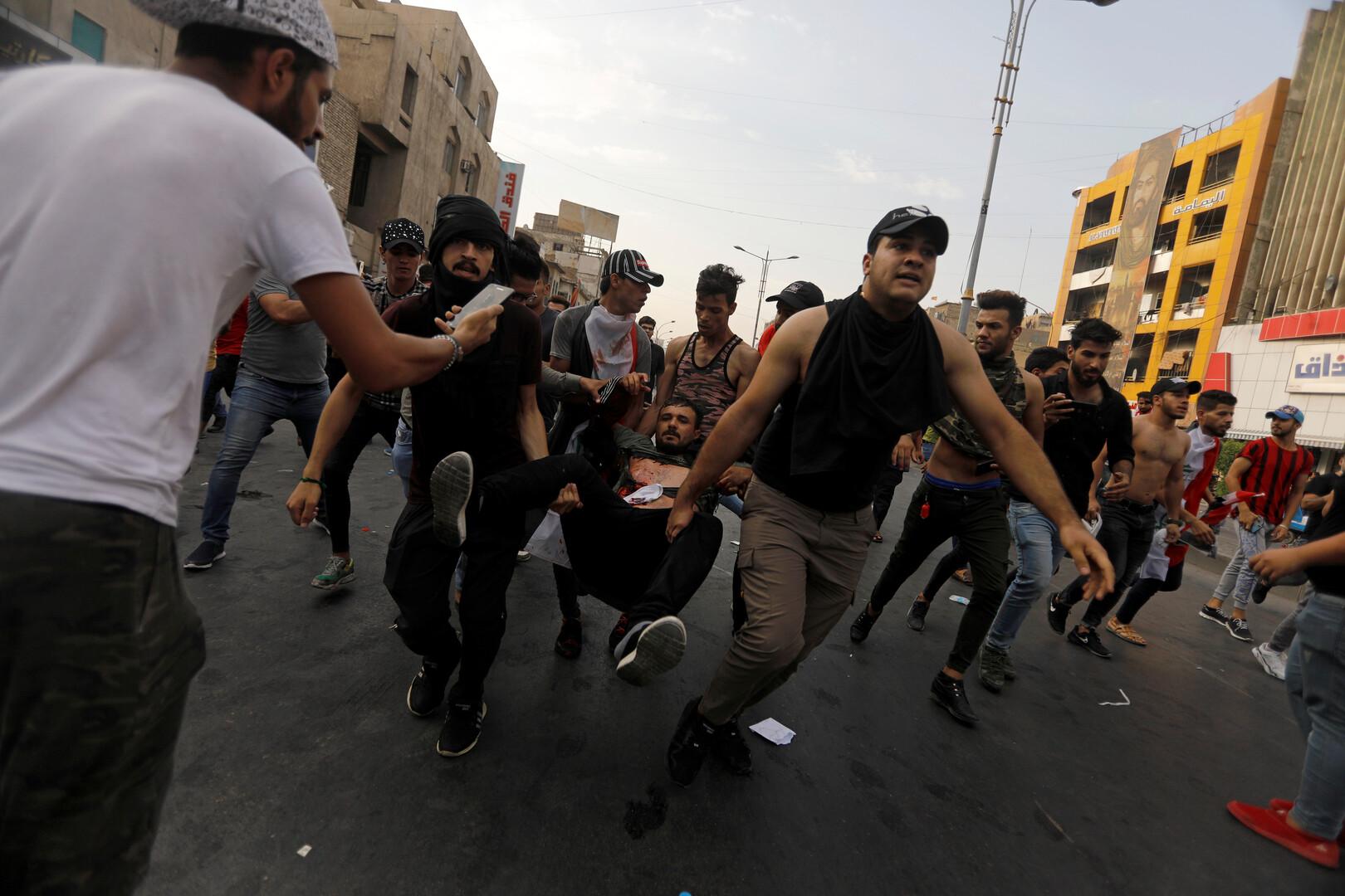 أنباء عن سقوط قتيل في تظاهرات ساحة التحرير وسط بغداد