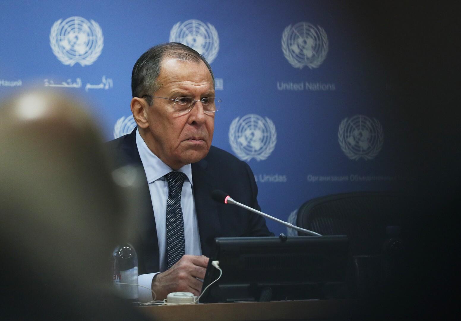 لافروف: لا يمكن أن تكون هناك خطط بديلة لتنفيذ اتفاقيات مينسك