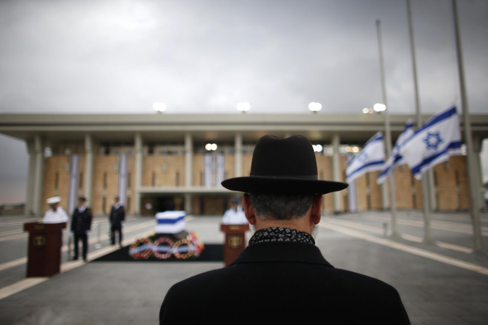 افتتاح الكنيست الإسرائيلي الجديد على خلفية سيناريو الانتخابات الثالثة