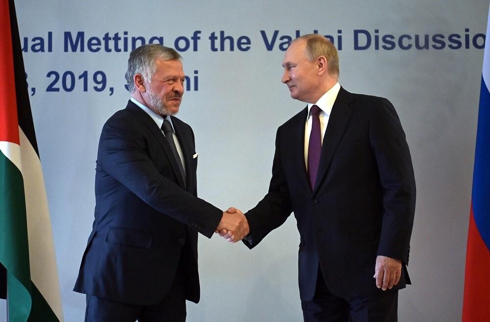 الملك عبد الله لبوتين: يسعدنا رؤية الوجود القوي لروسيا في الشرق الأوسط