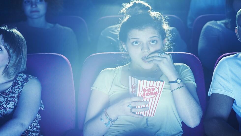 مشاهدة أفلامك المفضلة يسرع ظهور شيخوختك