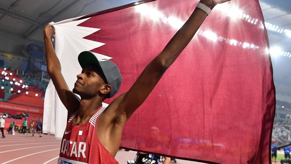 القطري برشم يهدي بلاده الميدالية الذهبية لبطولة العالم (فيديو)
