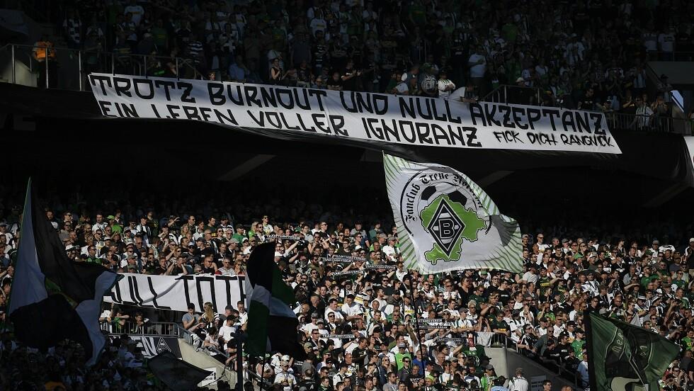 سياسي ألماني منتقدا أردوغان: حتى كرة القدم غير آمنة من السلطان