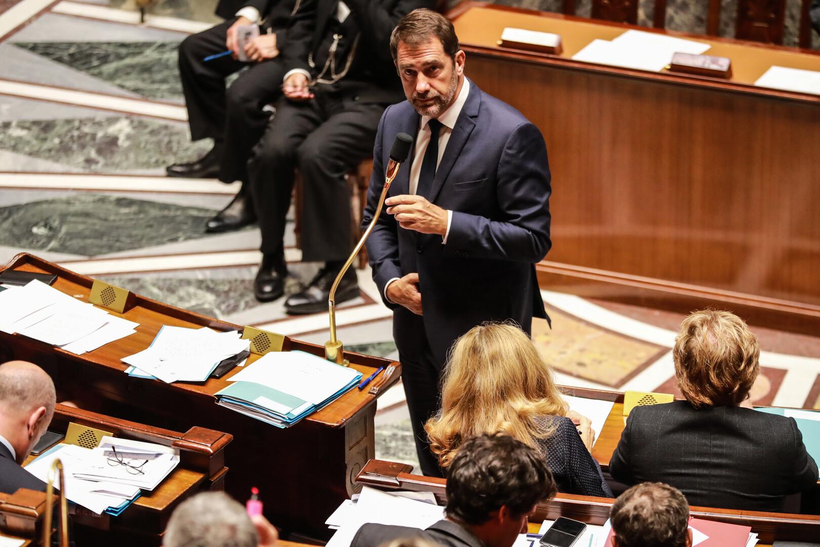وزير الداخلية الفرنسي: خطر الإرهاب في البلاد يتراوح بين مرتفع ومرتفع جدا