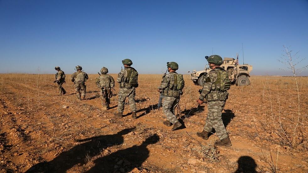 دورية أمريكية في مدينة منبج السورية - أرشيف