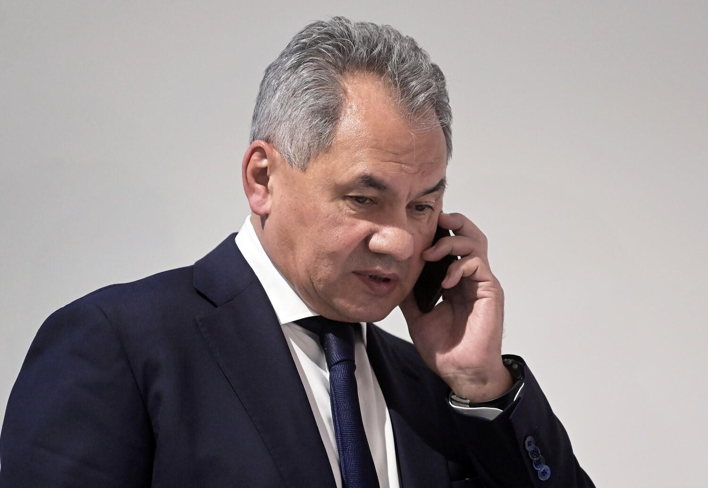 وزير الدفاع الروسي يتلقى اتصالا هاتفيا من نظيره الأمريكي