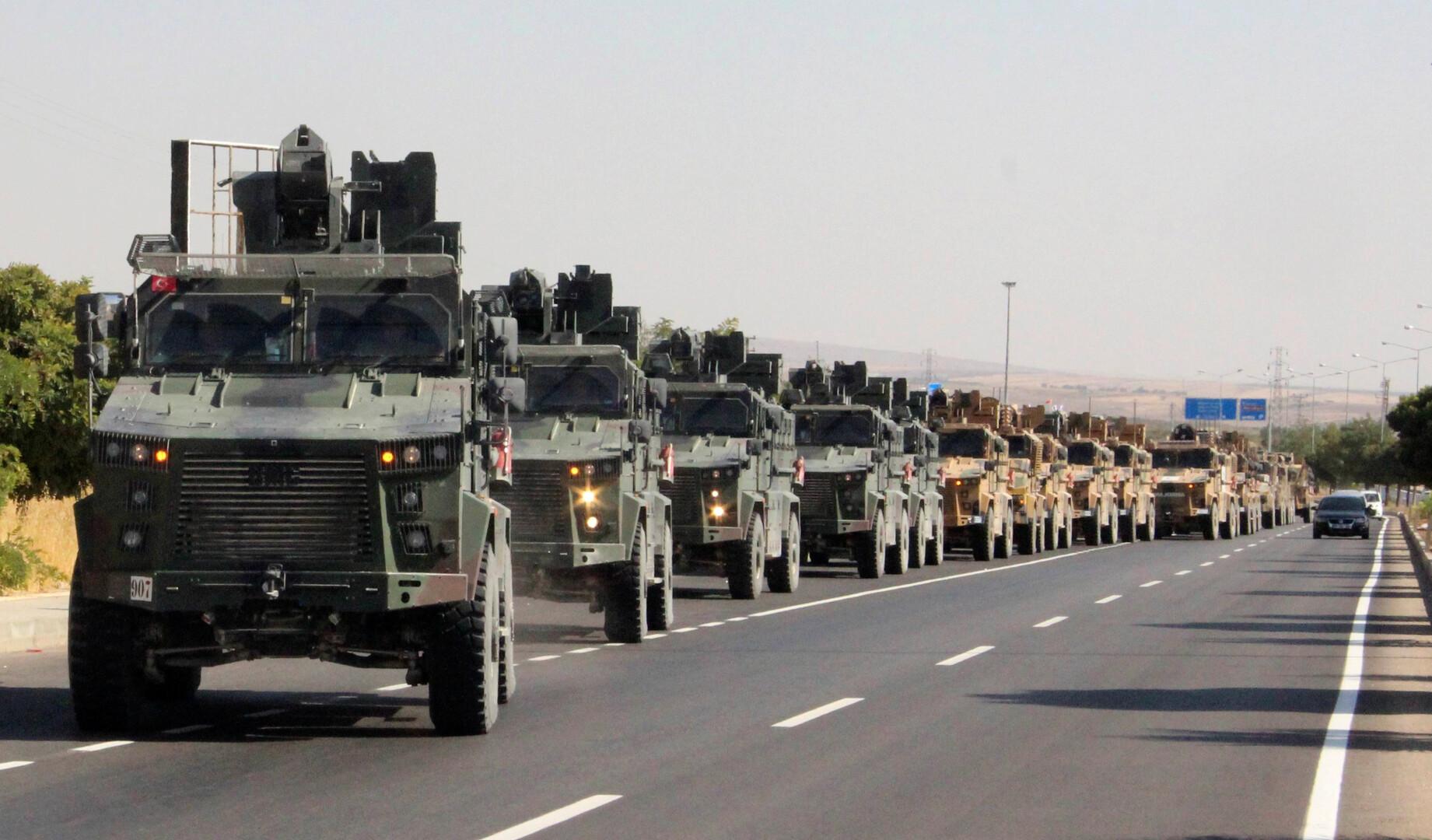 حشود عسكرية تركية قرب الحدود السورية