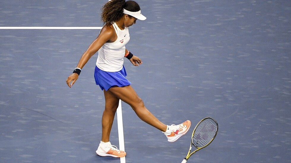 نجمة التنس أوساكا تتخلى عن الجنسية الأمريكية