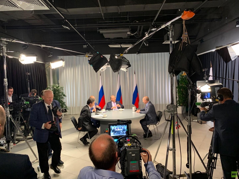 عشية جولة خليجية.. بوتين يكشف عن مشروع واعد لشركة روسية في السعودية