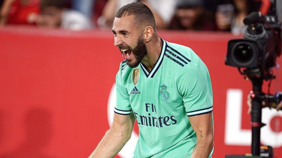 كريم بنزيما لاعب الشهر في ريال مدريد