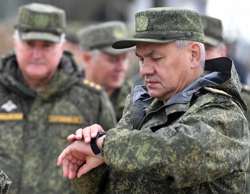 شويغو يشير إلى قوى تحاول فرض قيم غريبة على الروس
