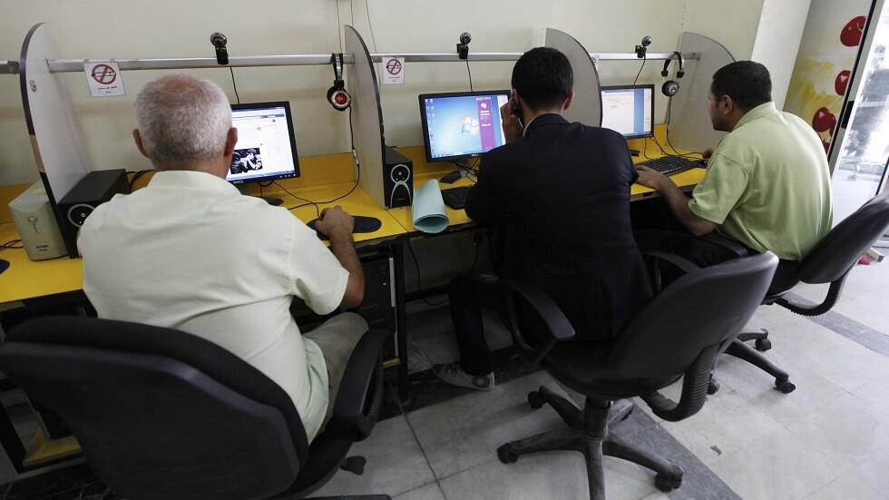 السلطات العراقية تعيد خدمة الإنترنت بشكل كامل