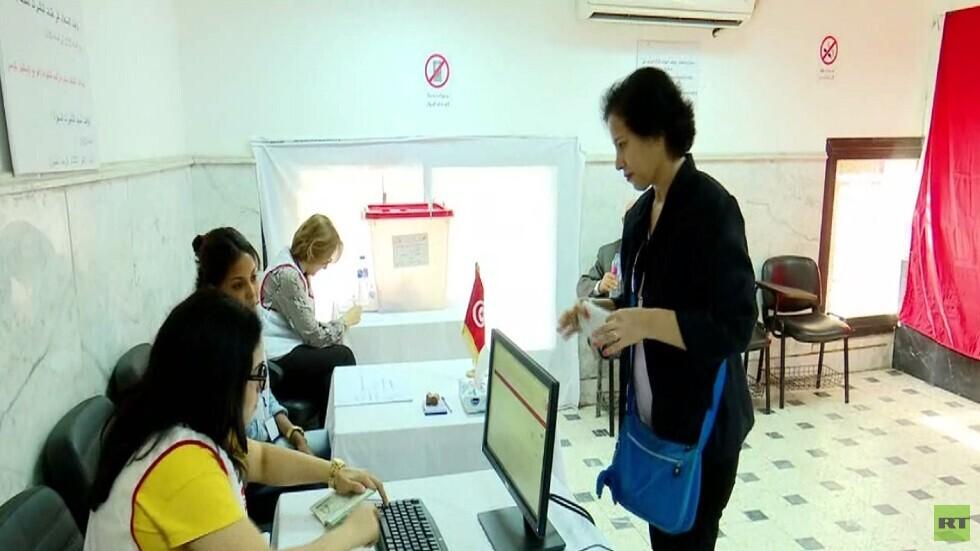 تونسيو الخارج يصوتون في الجولة الثانية