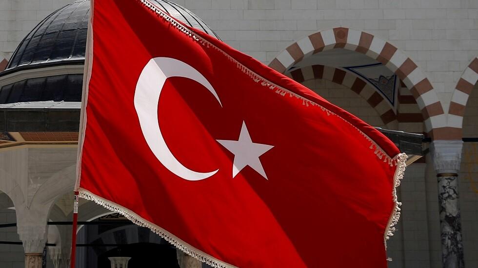 الخارجية التركية ردا على التهديدات الأمريكية بالعقوبات: سنرد على أي خطوة تتخذ ضدنا