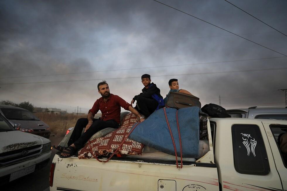 الإدارة الذاتية الكردية: نزوح أكثر من 190 ألف شخص نتيجة للهجوم التركي