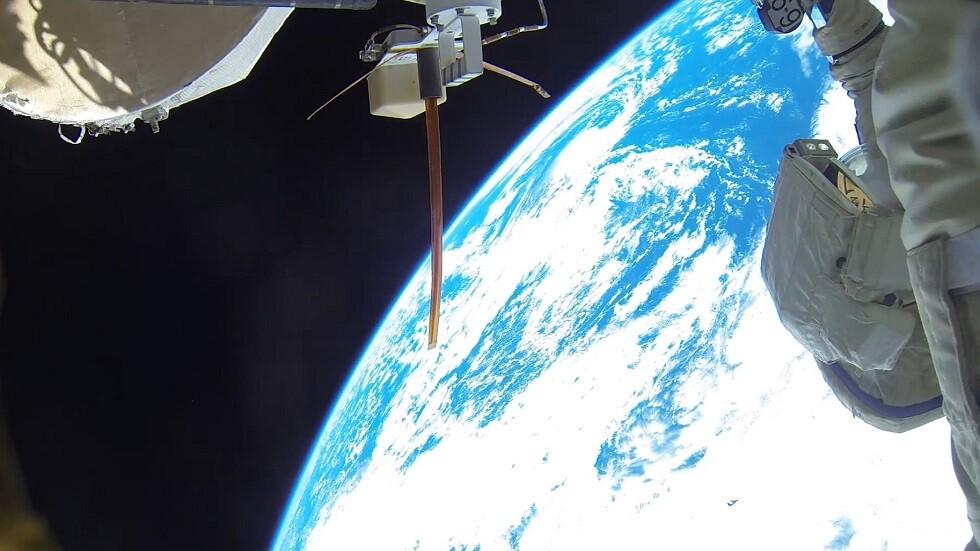 رواد  ناسا  ينجزون مهمة ناجحة في الفضاء المفتوح -