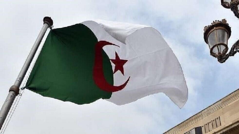 المحامون يقررون العودة للاحتجاج بالجزائر