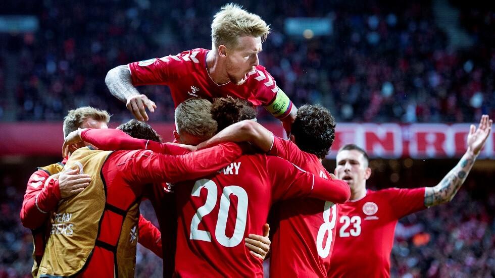 يوسف يقود الدنمارك لفوز ثمين على سويسرا في تصفيات