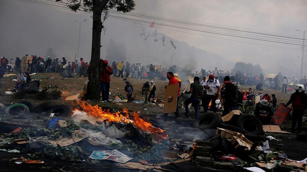 لينين يتهم مادورو بالوقوف وراء الاحتجاجات في بلاده