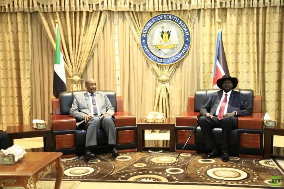 وصول البرهان إلى جوبا لمحادثات السلام بين الحكومة والحركات