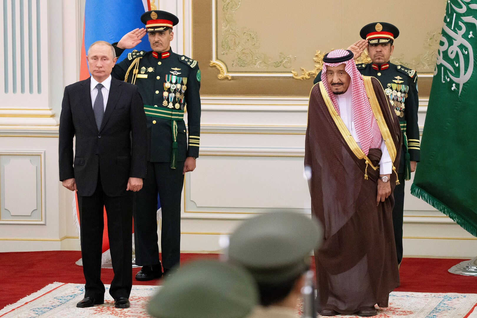 الرئيس الروسي فلاديمير بوتين والعاهل السعودي الملك سلمان بن عبد العزيز