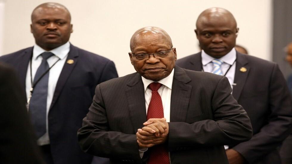 رئيس جنوب افريقيا السابق جاكوب زوما يصل للمثول أمام لجنة تحقيق  بالفساد في جوهانسبرغ بتاريخ 19 يوليو 2019