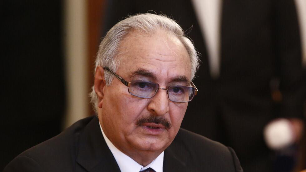 حفتر يعلق على إعلان سيف الإسلام القذافي الترشح لانتخابات رئاسة ليبيا
