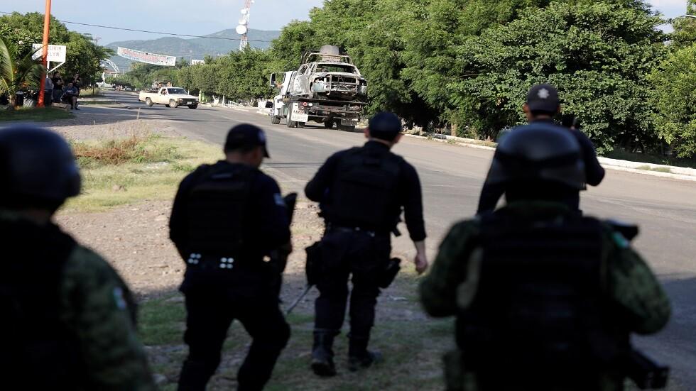 مقتل 15 شخصا بتبادل للنار في المكسيك