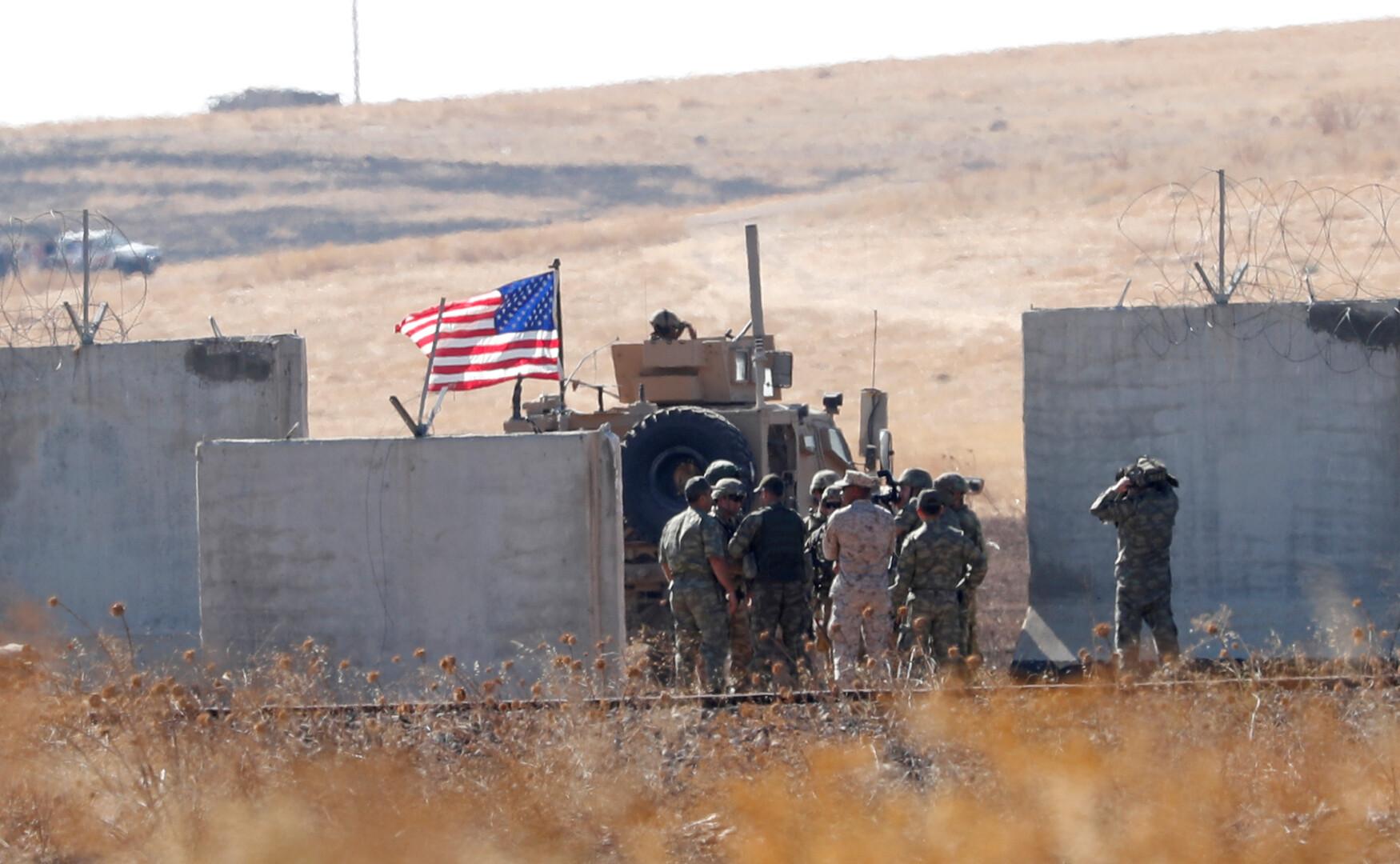 التحالف الدولي يدمر قاعدته العسكرية في عين العرب بعد الانسحاب منها