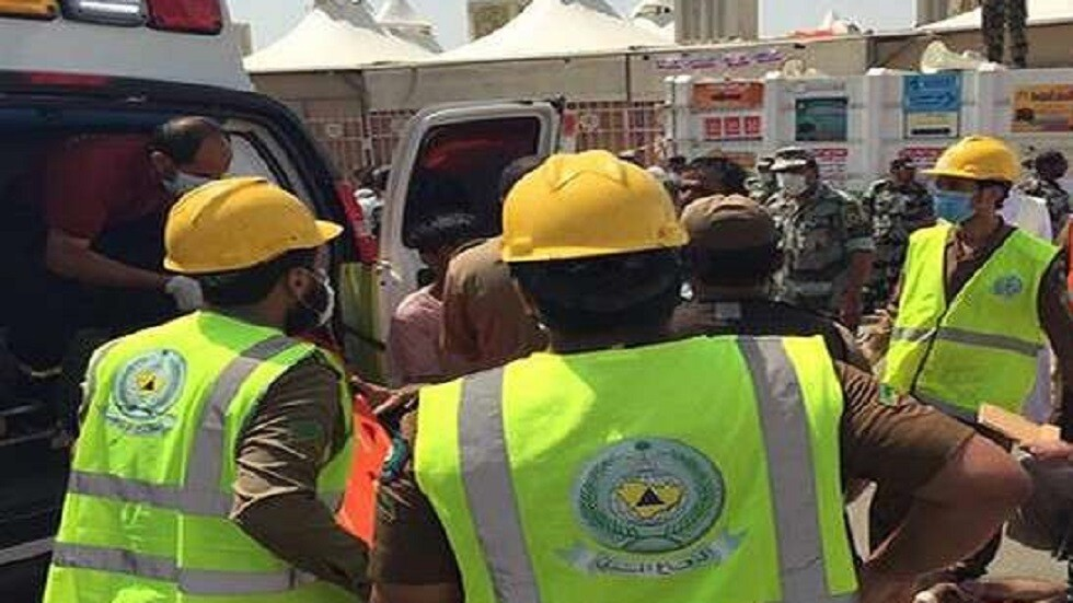 لحظة إنقاذ عامل في السعودية سقط في بئر ارتوازية بعمق 400 متر