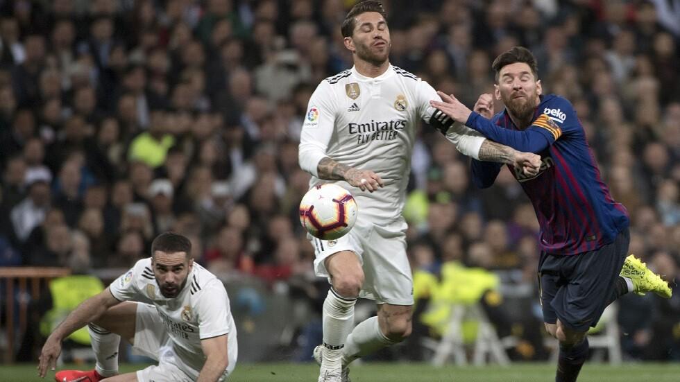 تقرير: إسبانيا قد تعلن موعدا جديدا لمباراة الكلاسيكو بين برشلونة وريال مدريد