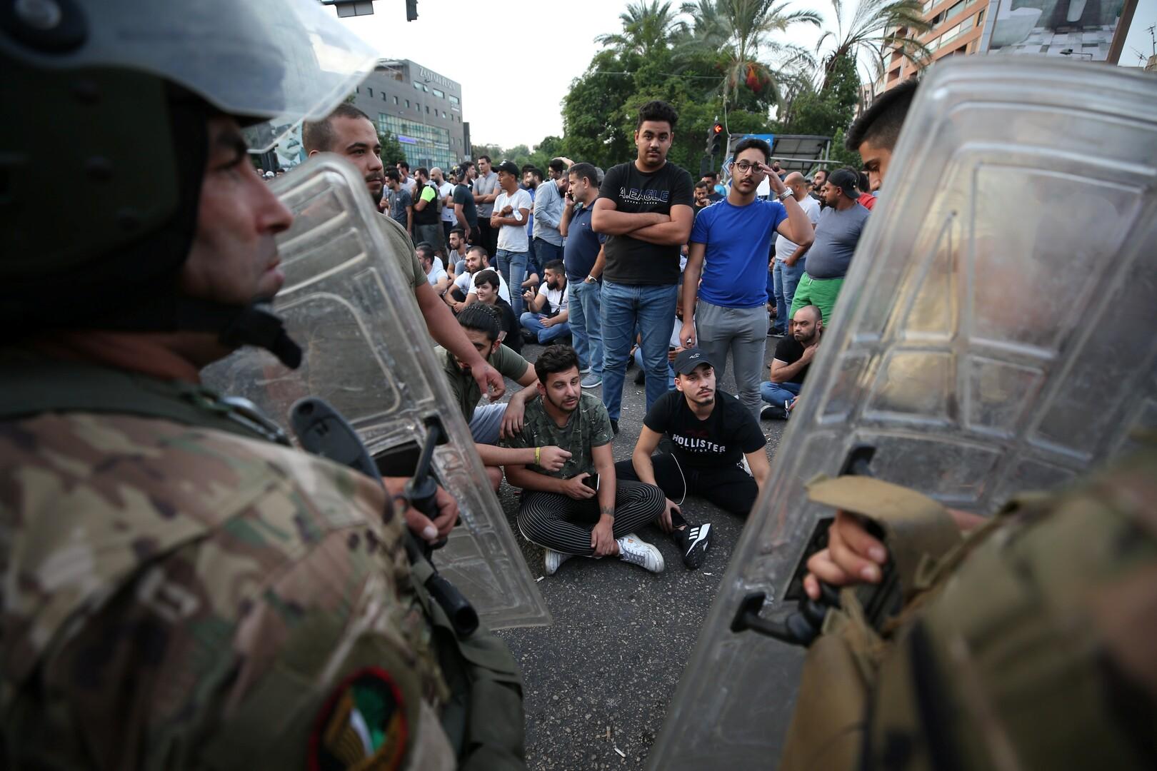 لبنان.. الاحتجاجات تنعكس سلبا على الوضع الاقتصادي
