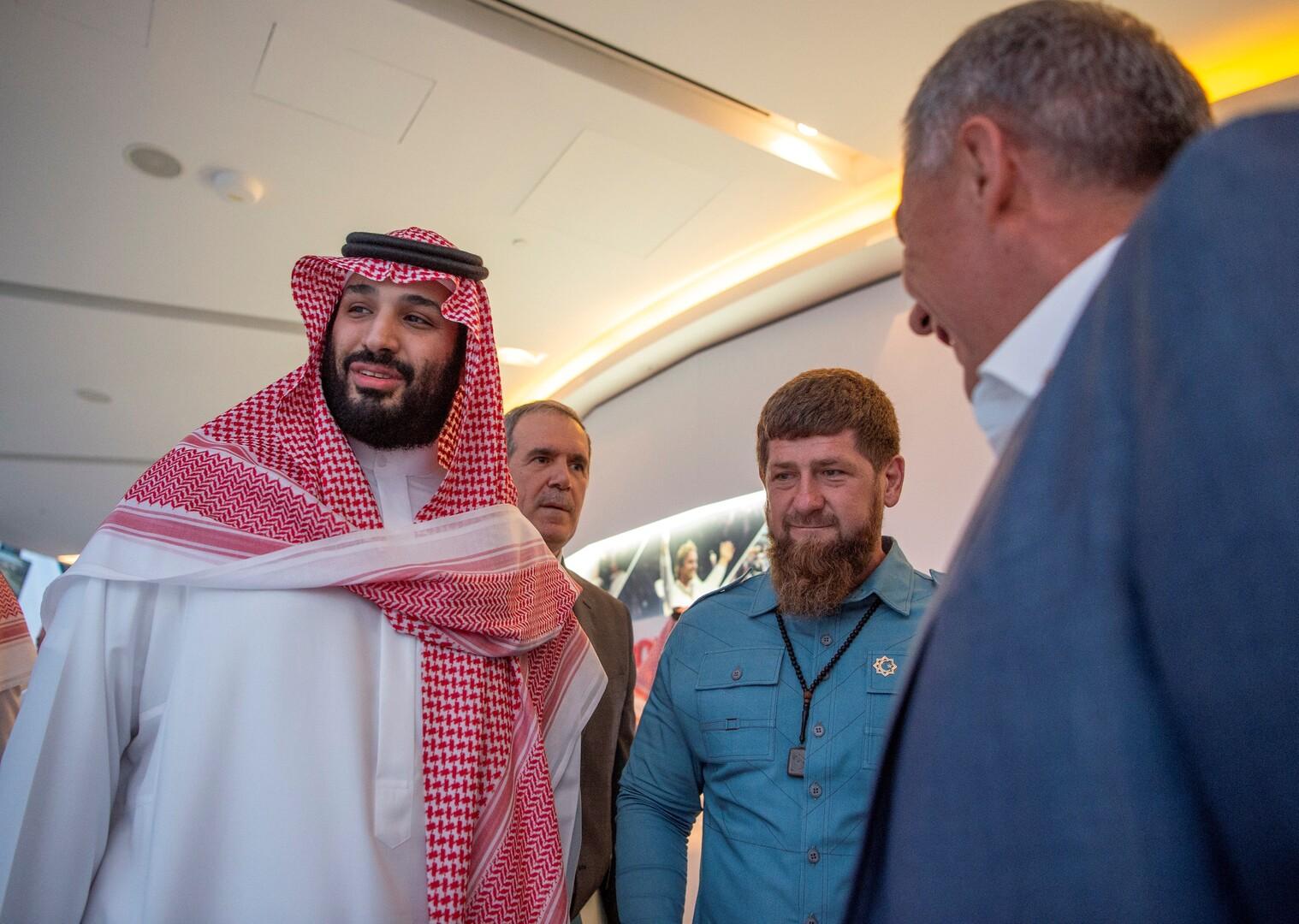 صورة من الأرشيف - رئيس جمهورية الشيشان وولي العهد السعودي