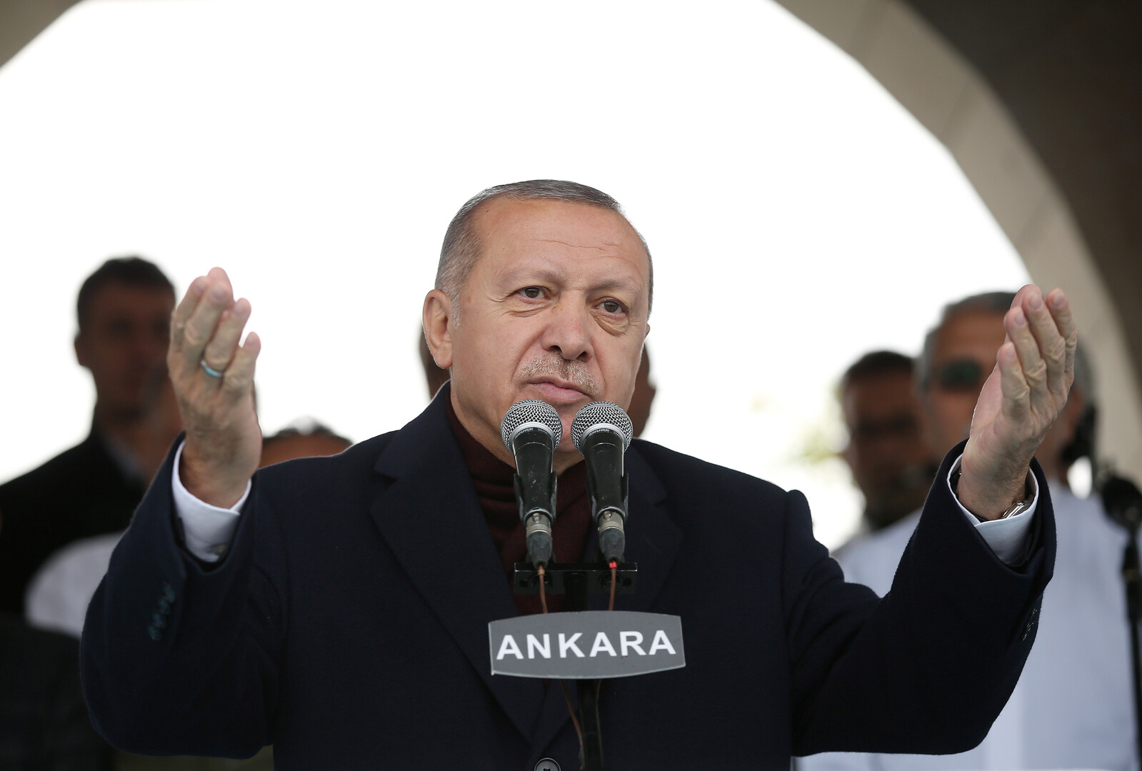 أردوغان: المشكلة لا تكمن في الشعوب العربية وإنما في بعض حكامها