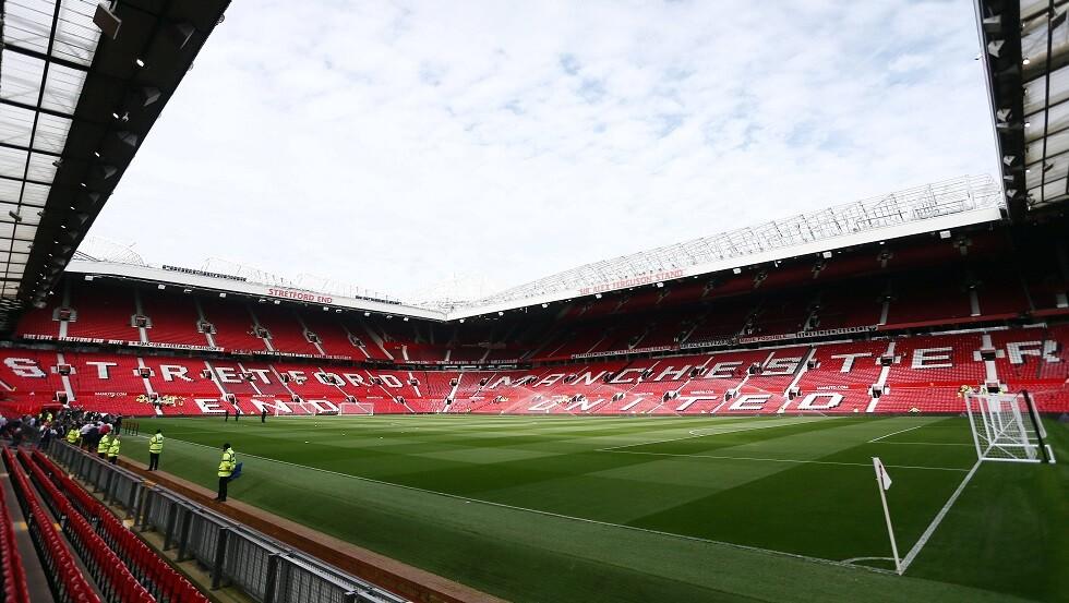 ليفربول يحل ضيفا على مانشستر يونايتد في قمة على صفيح ساخن .. التشكيلة الأساسية