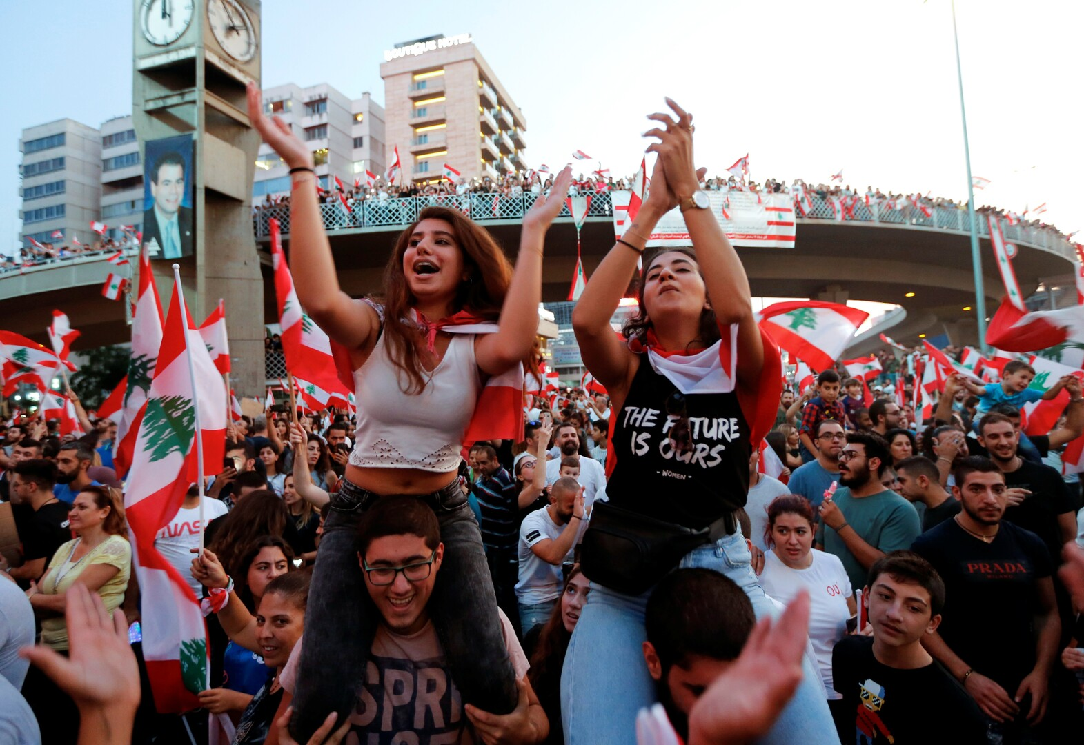 خبير اقتصادي لبناني يحذر من مغبة ما يجري