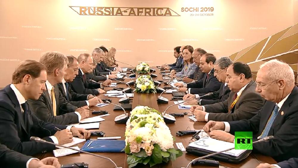 السيسي يدعو بوتين لحضور مراسم وضع حجر أساس محطة الضبعة الكهروذرية