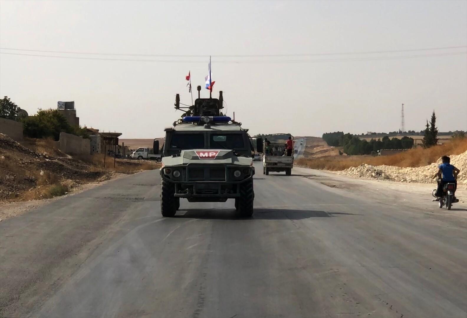 رتل روسي عبر الفرات.. الاتفاق الروسي التركي يدخل حيز التنفيذ
