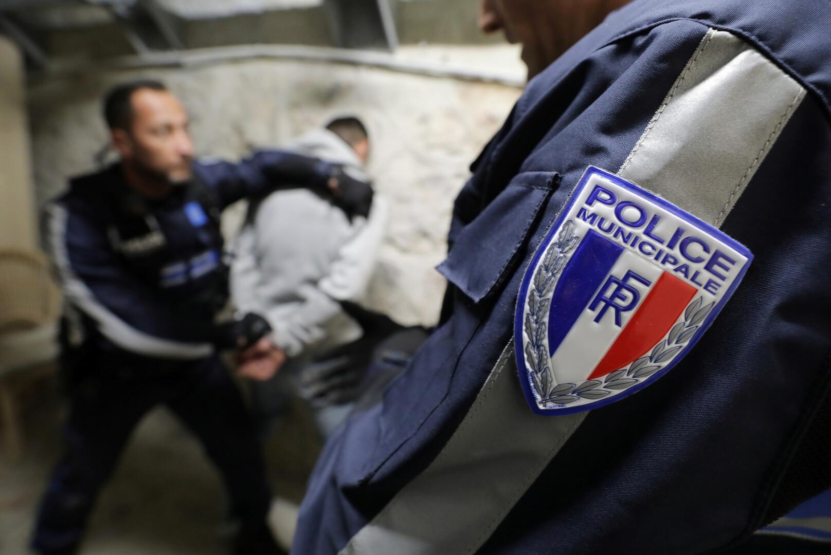 الشرطة الفرنسية تعتقل رجلا تحصن داخل متحف جنوب البلاد