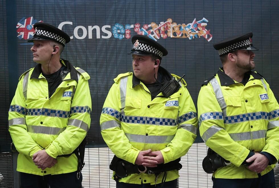 رجال شرطة بريطانيون في مانشستر