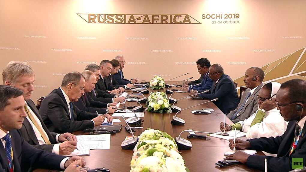 بوتين: سندعم السودان من أجل تطبيع الوضع في البلاد
