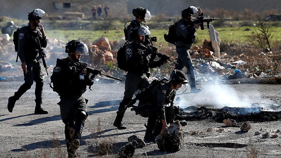 عشرات الجرحى الفلسطينيين في مواجهات مع الجيش الإسرائيلي بالبيرة