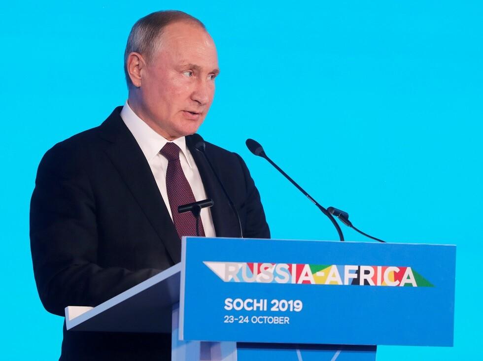 بوتين: الوضع في ليبيا نتيجة سياسة غير مسؤولة لدول حرفت القرار الأممي