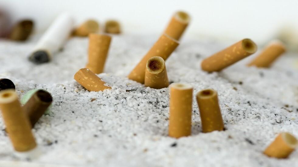 خبراء يدعون لحظر فلاتر السجائر ويكشفون