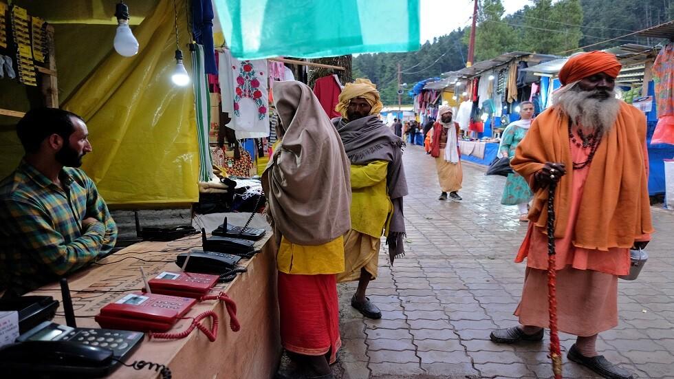 اتفاق بين الهند وباكستان على فتح ممر حدودي للوافدين السيخ