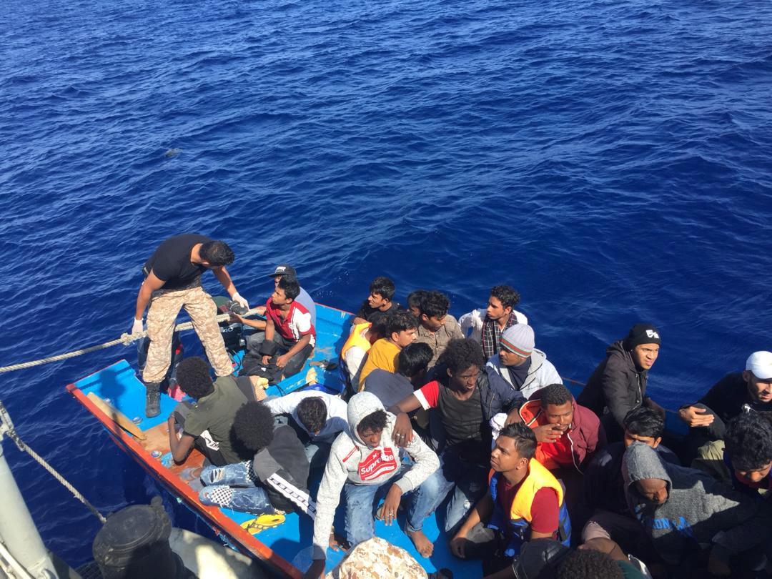 تقرير: انخفاض تدفق المهاجرين بـ80% عبر المتوسط إلى إيطاليا