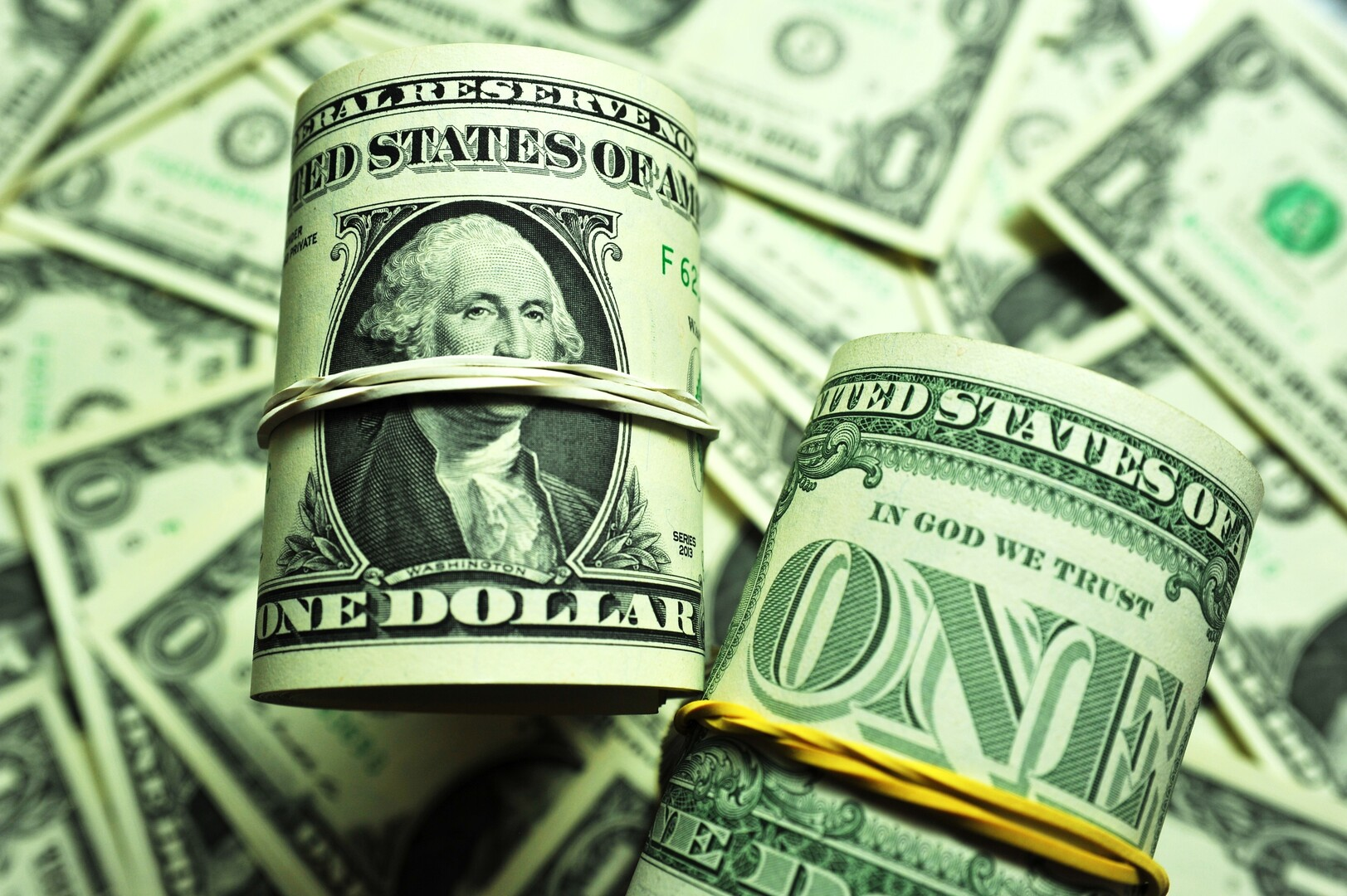 أغنى أغنياء الدنيا يخسر 7 مليارات دولار بجرّة قلم