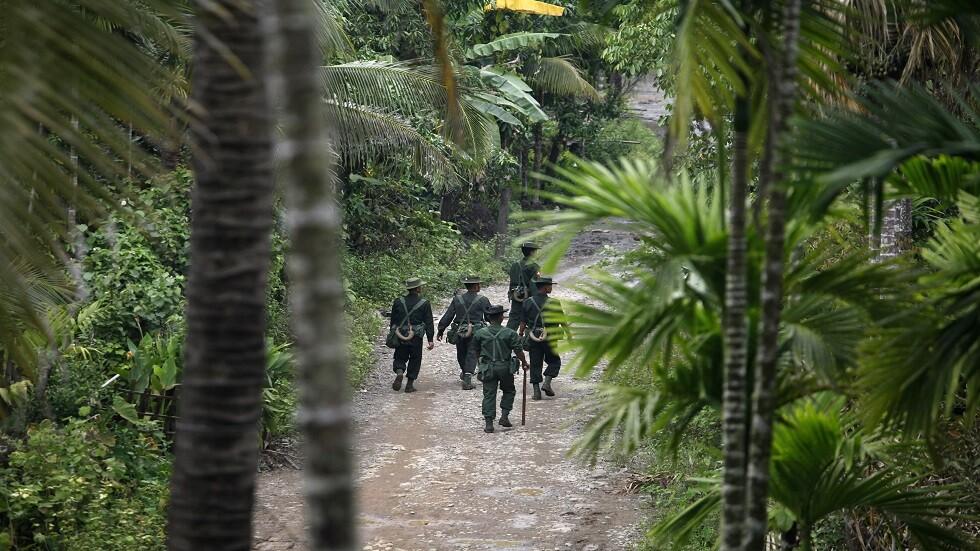 ميانمار.. مقتل عنصري أمن واختطاف العشرات في ولاية راخين معقل الروهينغا